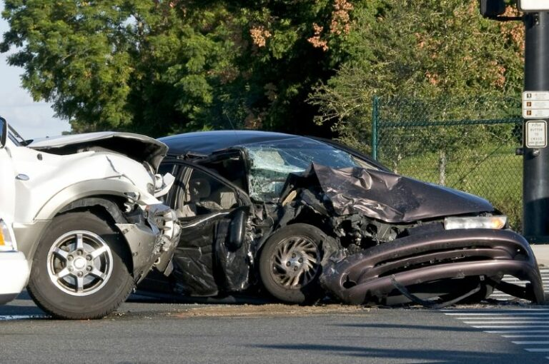 Crash in Scott County